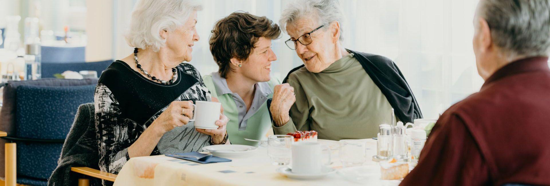 Wohnen mit Betreuung & Pflege